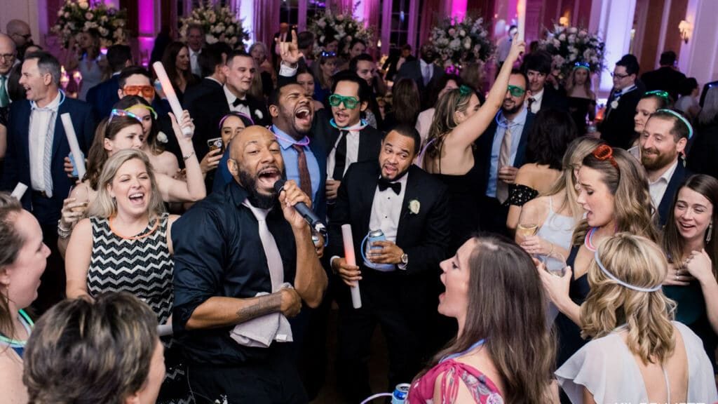 In10City has the best dallas wedding bands